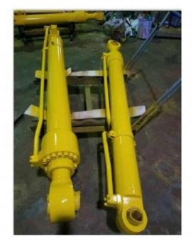 Pneumatic cylinder earthmoving